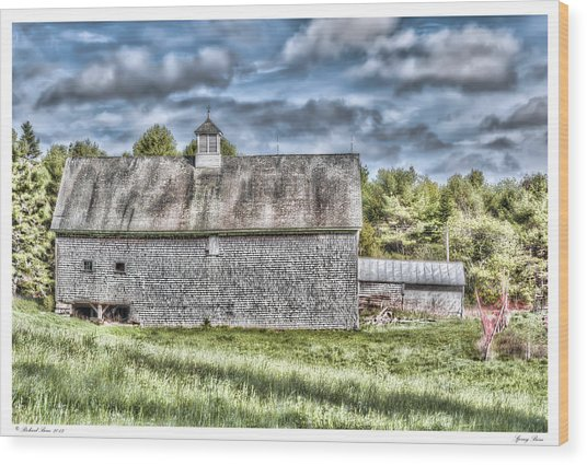 Spring Barn Wood Print by Richard Bean