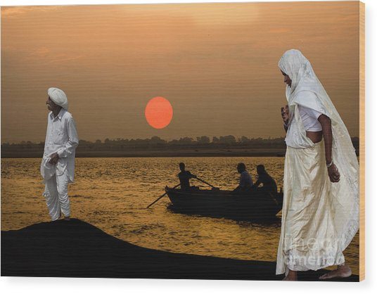Sunset On Ganges Wood Print