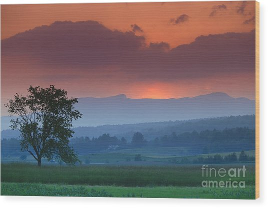 Sunset Over Mt. Mansfield In Stowe Vermont Wood Print