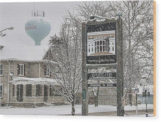 The Whitehouse Inn Sign 7034 Wood Print