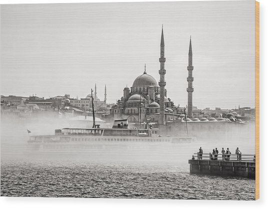 The Yeni Mosque In Fog Wood Print