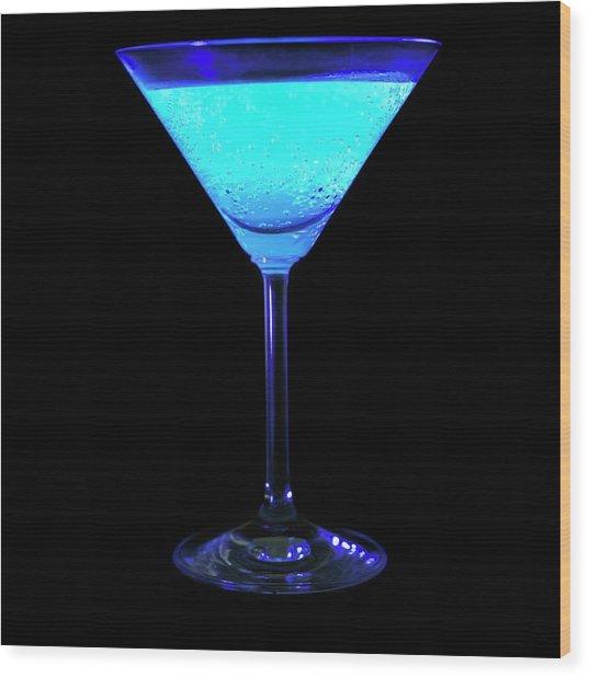 Tonic Water Fluorescing Wood Print