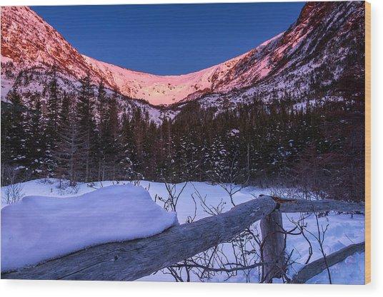 Tuckerman Ravine In The Winter Alpenglow Wood Print