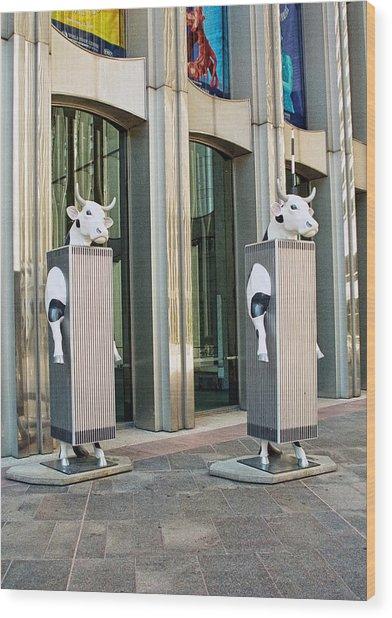 Cow Parade N Y C 2000 - Twin Cowers Wood Print