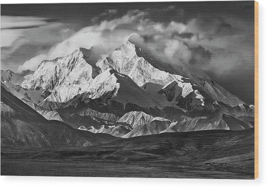 Usa, Alaska Range Wood Print