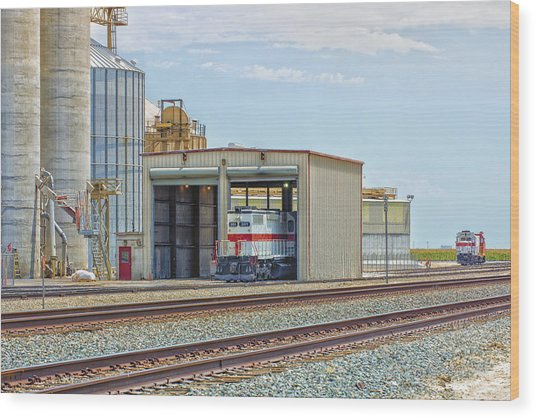 Wood Print featuring the photograph Foster Farms Locomotives by Jim Thompson