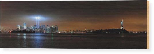 New York City Wood Print by Songquan Deng