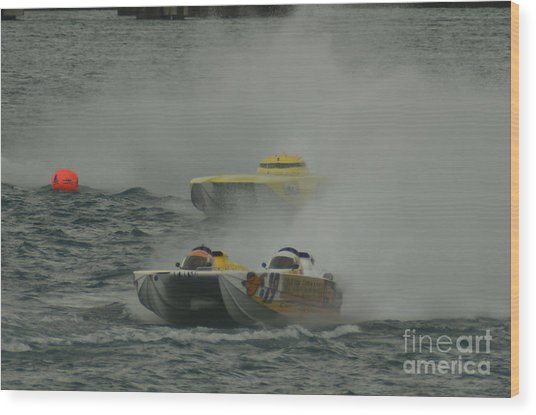 Port Huron Sarnia International Offshore Powerboat Race Wood Print