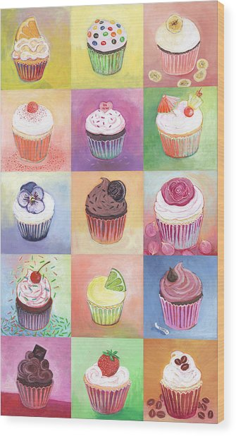 15 Cupcakes Wood Print