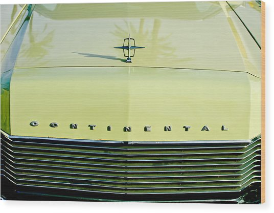 1967 Lincoln Continental Grille Emblem - Hood Ornament Wood Print