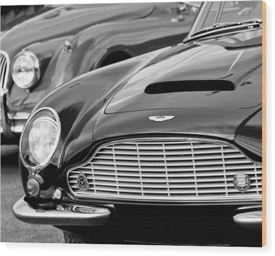 1965 Aston Martin Db6 Short Chassis Volante Wood Print