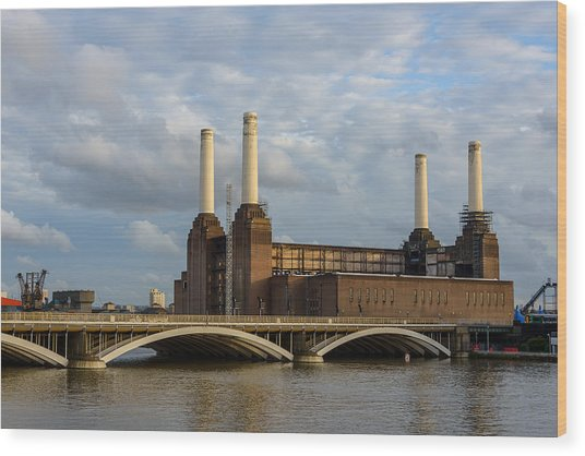 Battersea Power Station Wood Print