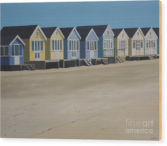 Beach Huts By The Seaside Wood Print by Linda Monk