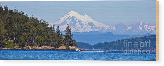 Boating On Puget Sound Wood Print by Chuck Flewelling