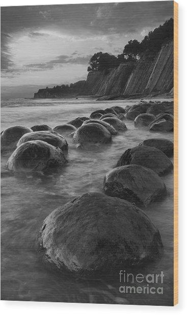 Bowling Ball Beach At Sunrise Wood Print