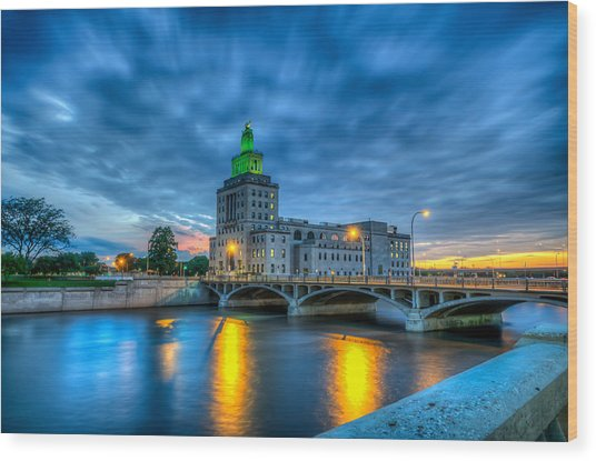 Cedar Rapids Mays Island At Sunset Wood Print