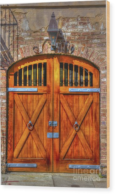 Doors Of Charleston Wood Print