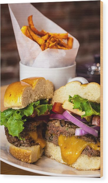 Gourmet Pub Hamburger Wood Print
