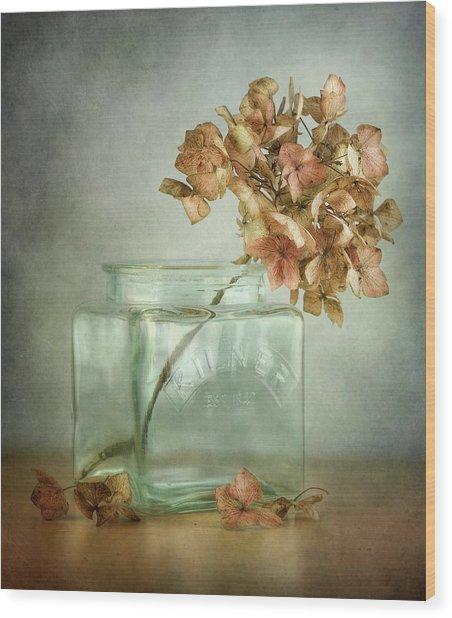 Hydrangea Wood Print by Mandy Disher