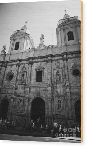 Iglesia De Santo Domingo Santiago Chile Wood Print by Joe Fox