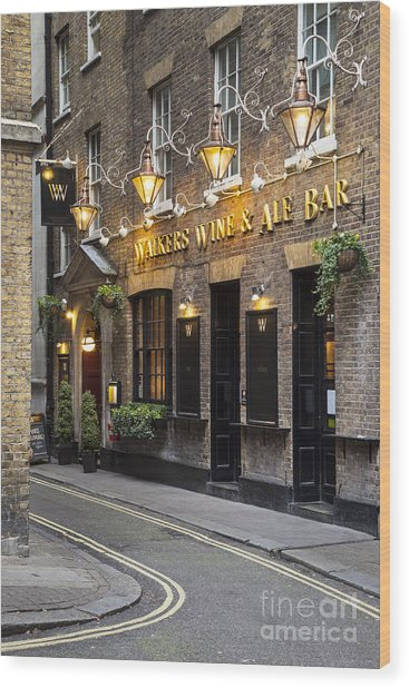 Wood Print featuring the photograph London Pub by Brian Jannsen
