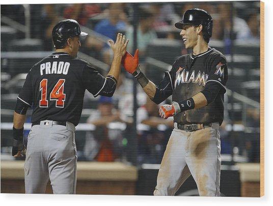 Miami Marlins V New York Mets Wood Print by Rich Schultz