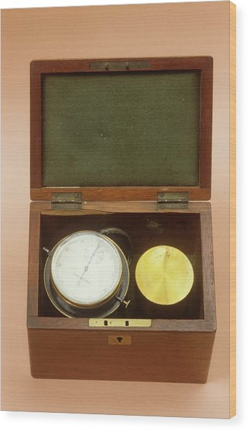 Spirometer Wood Print by Science Photo Library