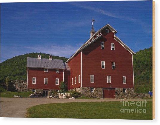 West Monitor Barn. Wood Print