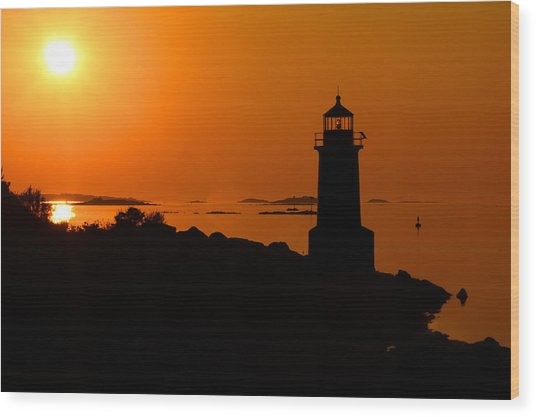 Winter Island Lighthouse Sunrise Wood Print