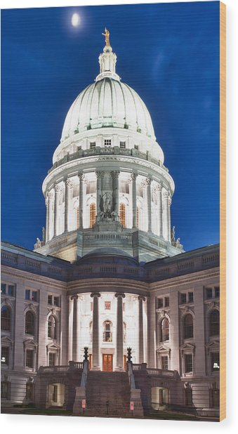 Wisconsin State Capitol Building At Night Wood Print