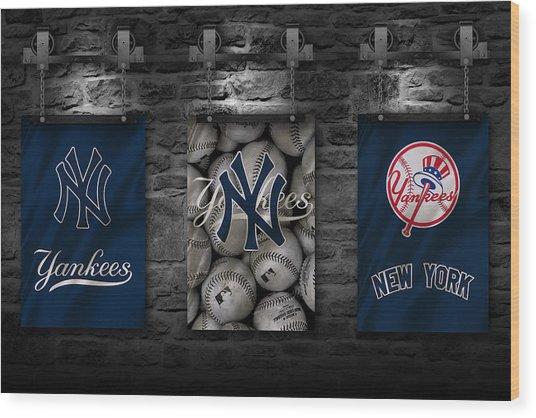 New York Yankees Wood Print