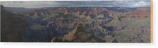 Grand Canyon Wood Print by Gary Lobdell