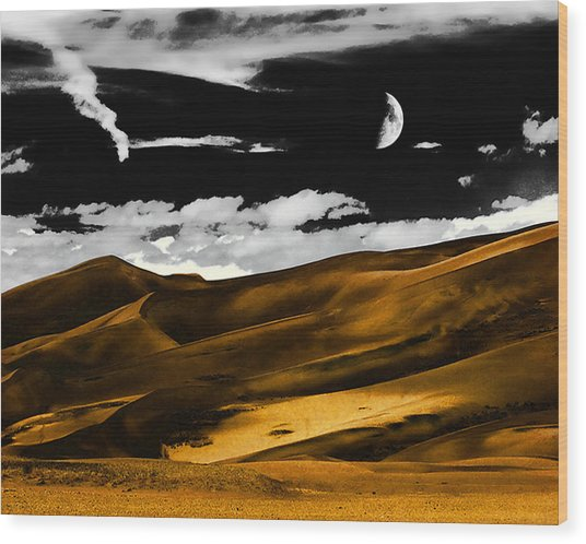 Night At The Great Sand Dunes Wood Print