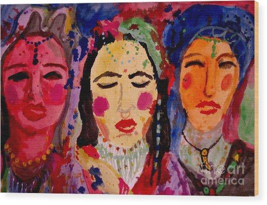 3 Queens Of Color Wood Print