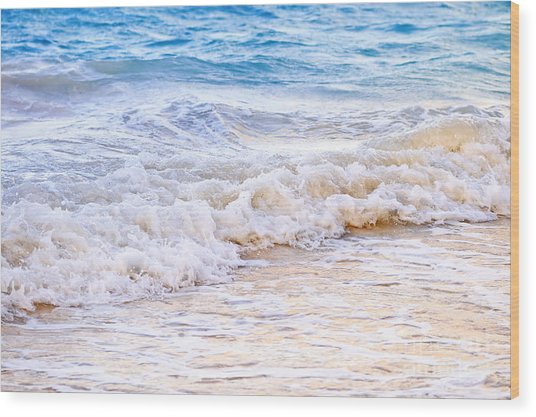 Waves Breaking On Tropical Shore Wood Print