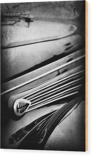 1938 Lincoln-zephyr Convertible Coupe Side Emblem Wood Print
