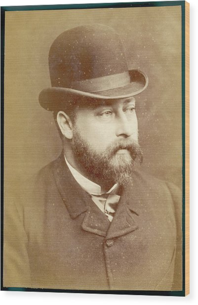 Edward Vii, British Royalty As Prince Wood Print by Mary Evans Picture Library