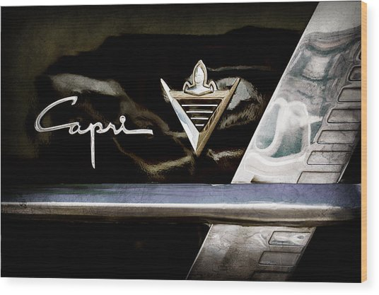 Lincoln Capri Emblem Wood Print