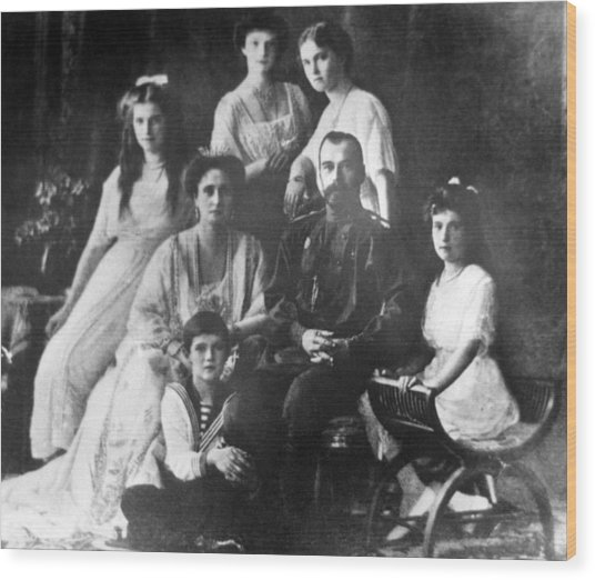 Family Of Tsar Nicholas II Of Russia Wood Print by Laski Diffusion