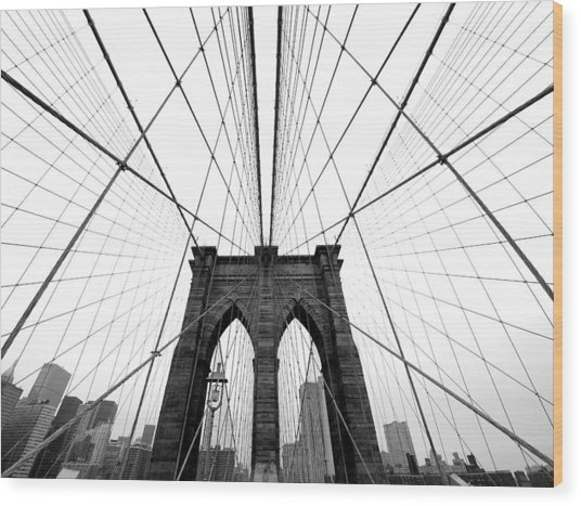 Nyc Brooklyn Bridge Wood Print by Nina Papiorek