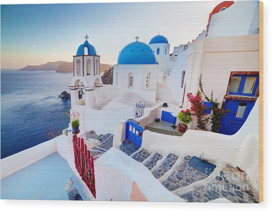 Oia Town On Santorini Greece Wood Print