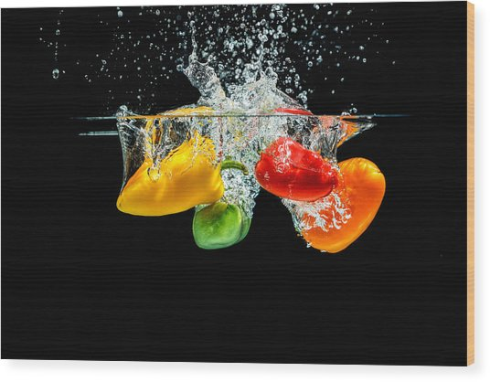 Splashing Paprika Wood Print