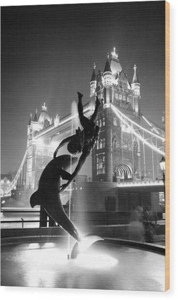 Tower Bridge And Statue Wood Print