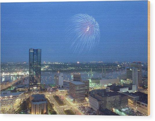 7403 Toledo Twilight Ohio Fireworks Over Maumee River Wood Print
