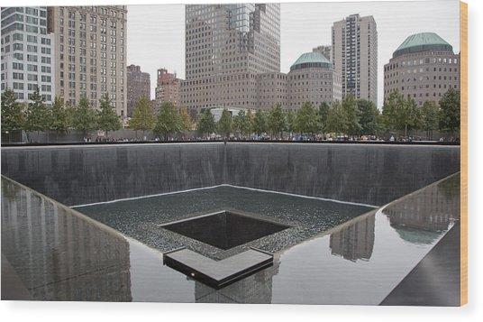 911 Memorial Pool Nyc Wood Print