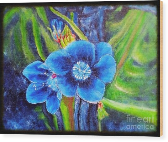 Exotic Blue Flower Prize For Blue Dragonfly Wood Print