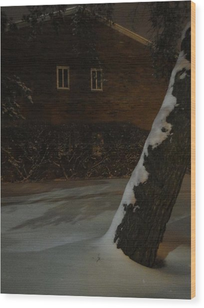 A Chill Outside The Windows Wood Print by Guy Ricketts