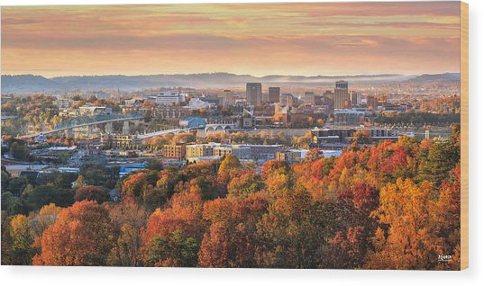 A Crisp Fall Morning In Chattanooga  Wood Print