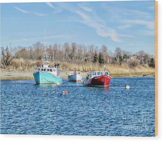 A Good Day To Fish Wood Print by Roxanne Marshal