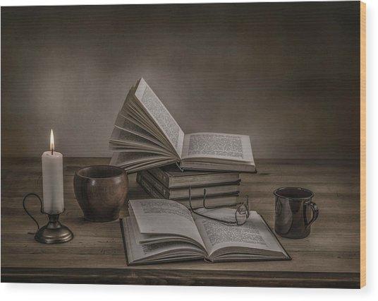 A Good Read Wood Print by Margareth Perfoncio